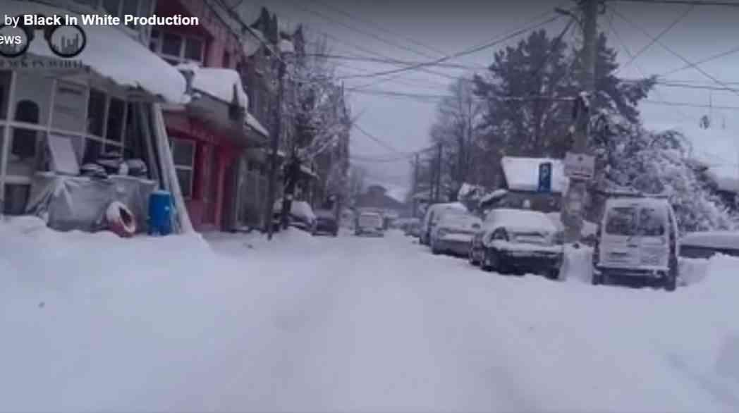 Presheva e mbuluar me borë, rrugët e kalueshme me vështirësi