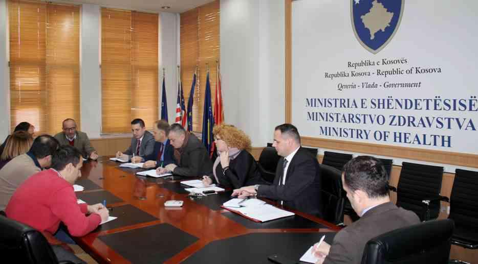 Ministri Rrahmani bisedon me drejtues të Odave të profesionistëve shëndetësorë për sfidat e këtij viti