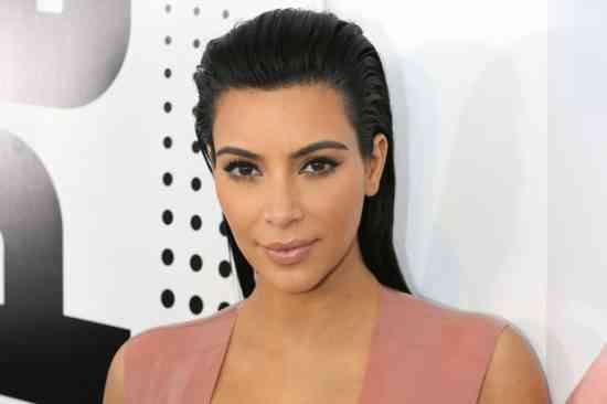 Policia arreston të dyshuarit për grabitjen që iu bë Kardashianit
