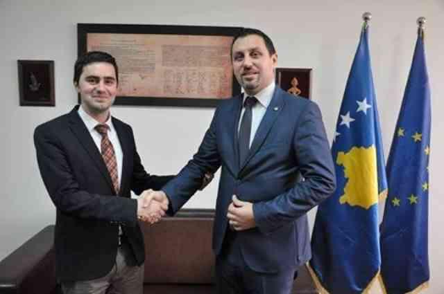 """Zëvendësministri i Punëve të Brendshme priti në takim kryetarin e Lëvizjes Qytetare """"Vatra"""""""