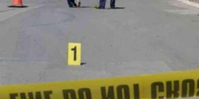 Topanicë: Godet me veturë një objekt pran udhëkryqit, humb jetën