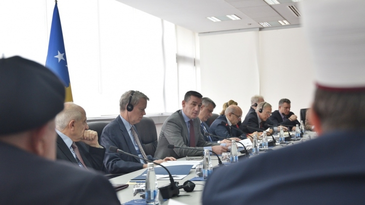 Veseli: Kosova nuk do ta ndjekë shembullin e Serbisë