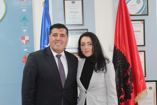 Haziri i jep mbështetje Kosovare Rrustemi kandidate për deputete për Kantonin e Solothurn
