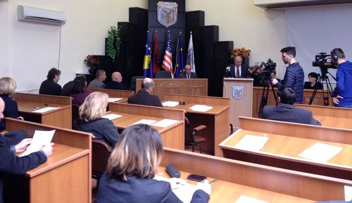 KK i Vitisë aprovoi deklaratën që i jepet mbështetje Haradinajt