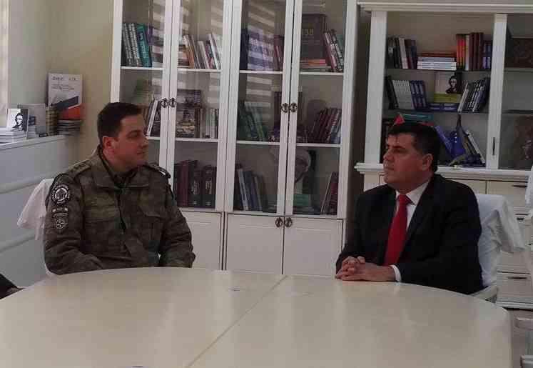 Haziri priti në takim komandantin e ri të KFOR-it turk, Hakan Derican
