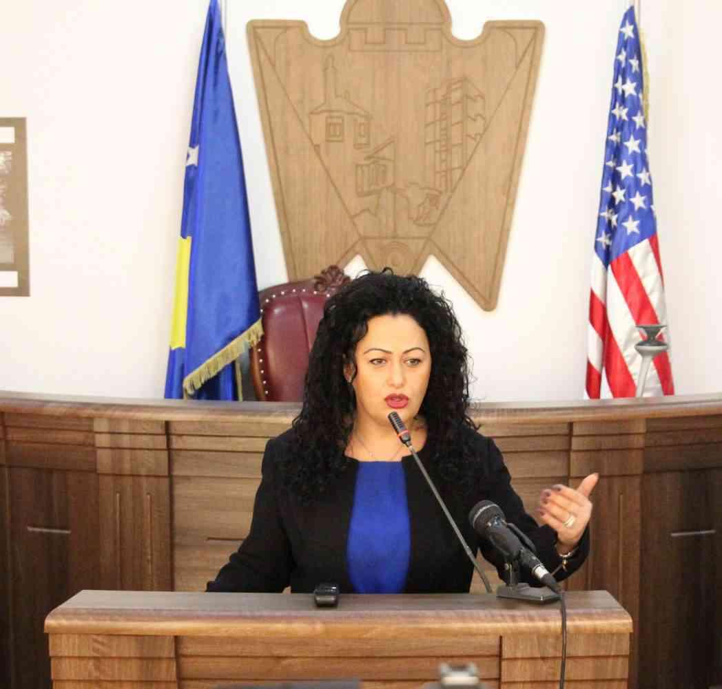 """Valentina Rexhepi-Bunjaku: Luta, kandidati ynë-""""të huajve"""" as mos t'u shko mendja!"""