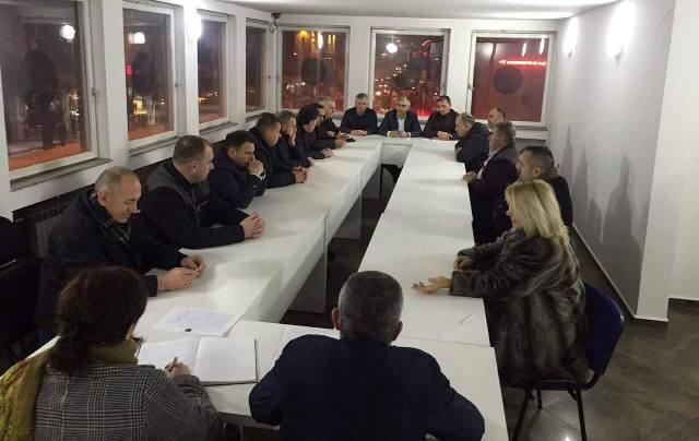 AAK: Institucionet vendore dhe ndërkombëtare të ndikojnë drejtpërdrejtë në lirimin e Haradinajt