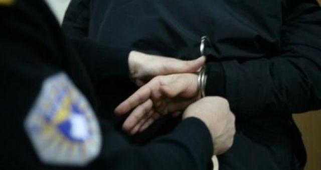 """Arrestohet për veprën """"legalizim i përmbajtjes së rremë dhe dokument i falsifikuar"""""""