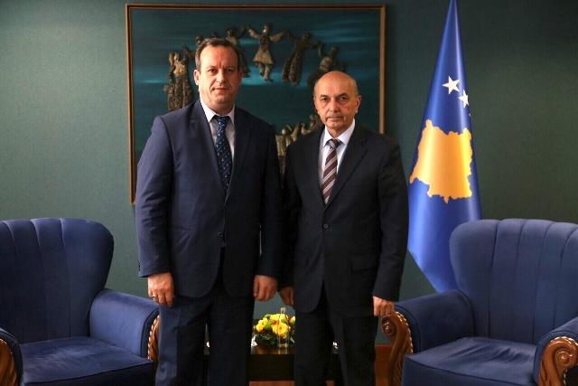 Çerkezi takon Kryeministrin Mustafa