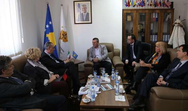 Vlerësohet mbështetja italiane për sistemin prokurorial të Kosovës