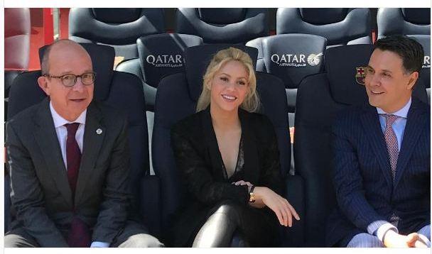 """Shakira në """"Camp Nou"""" takon zyrtarin e Barcelonës, ja arsyeja!"""