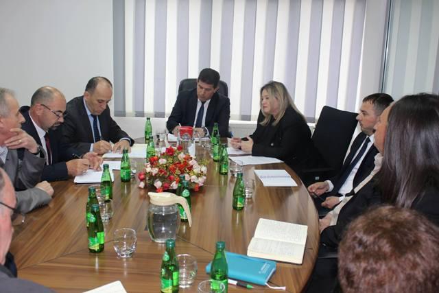 """Ministri Shala interesohet për gjendjen, arritjet dhe sfidat e KRU """"Hidromorava"""""""