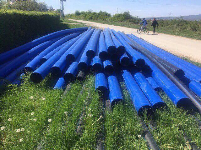 Haliti inspektoi punimet në ndërtimin e ujësjellësit për fshatrat Vërban dhe Smirë