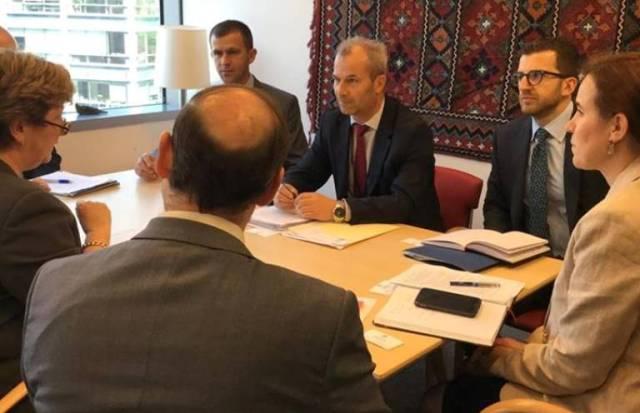 FMN e vlerëson lartë progresin e Kosovës në bashkimin e ATK-së dhe Doganës