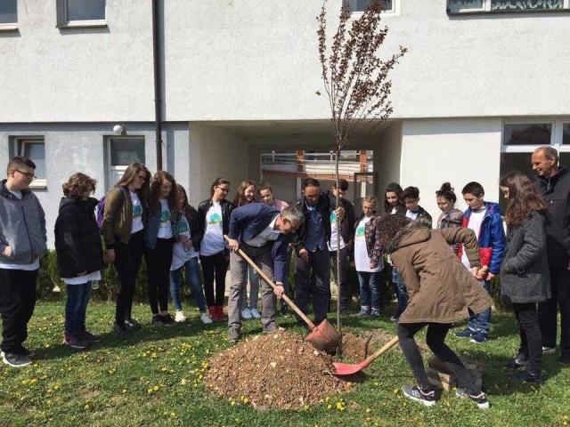"""Gjilani shënon 22 prillin, me moton """"Çdo ditë është Dita e Tokës"""""""