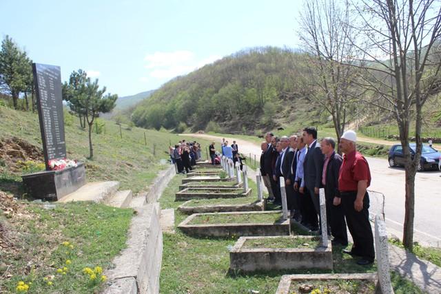 Gjilani përkujton 18 vjetorin e masakrës së Llashticës