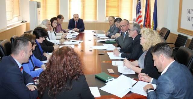 MSh diskuton me Komisionin Parlamentar për Shëndetësi për zhvillimet në shëndetësi