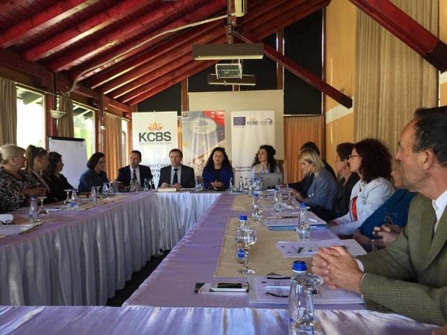 Gjilani organizon punëtori për strategjinë për përkrahjen e grave në biznes