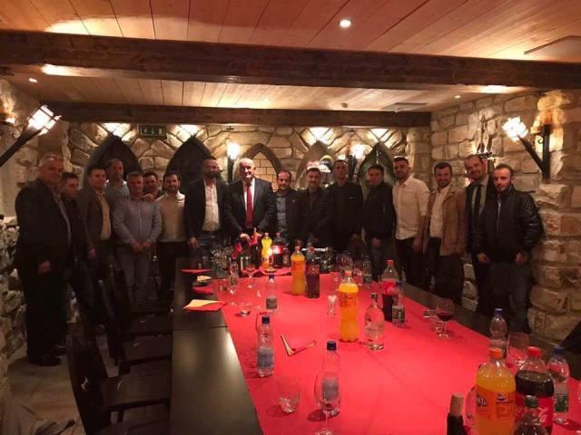Haliti takohet në Zvicër me afaristët e Vitisë dhe Gjilanit