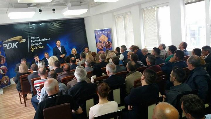 PDK Dega në Gjilan mbështet fuqishëm kandidaturën e Zenun Pajazitit dhe të Leonora Morina – Bunjakut