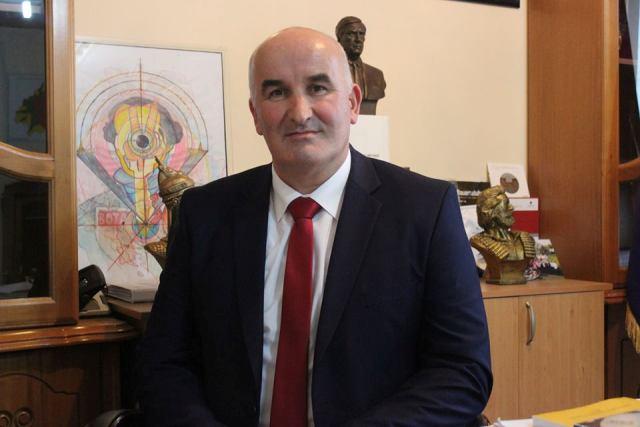 Kryetari i komunës Sokol Haliti uron besimtarët mysliman fillimin e muajit të Ramazanit