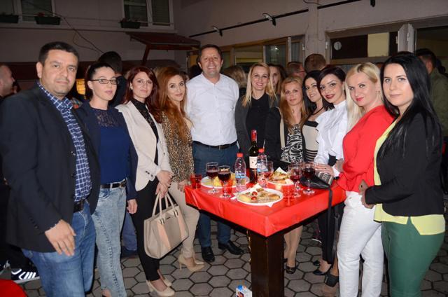 Vlerat unikate të PDK-së dhe kandidatëve të sajë, e garantojnë fitoren në Gjilan