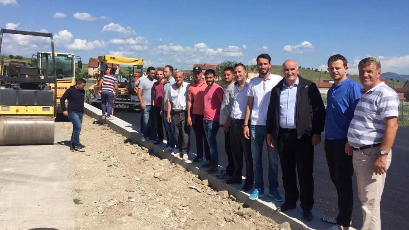 Vazhdojnë projektet infrastrukturore në komunën e Vitisë