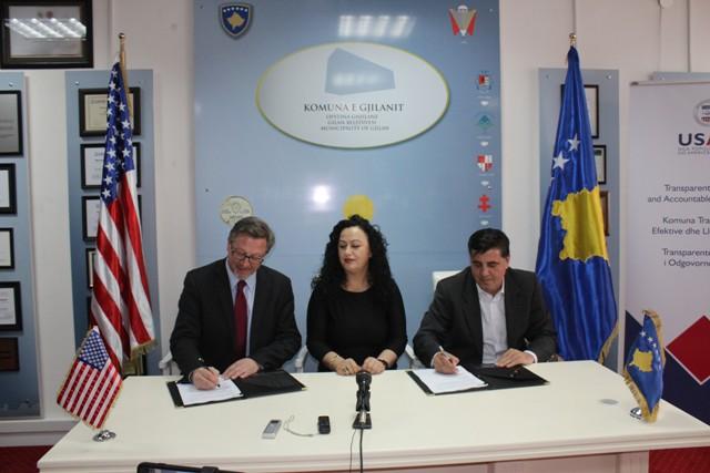 Gjilani dhe USAID nënshkruan memorandum mirëkuptimi për ngritjen e transparencës dhe llogaridhënies në prokurim