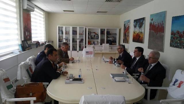 Haziri takoi përfaqësuesit e AKP-së për zgjidhjen problemeve me disa prona