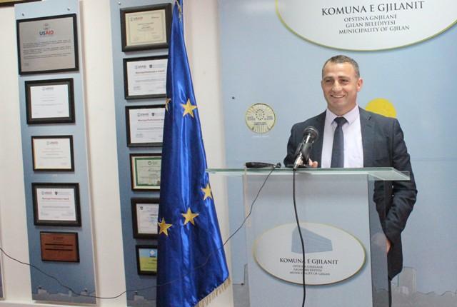 Hajrullahu: Për dy vjet, Gjilani me donatorët ndërtuan 45 shtëpi për skamnorë