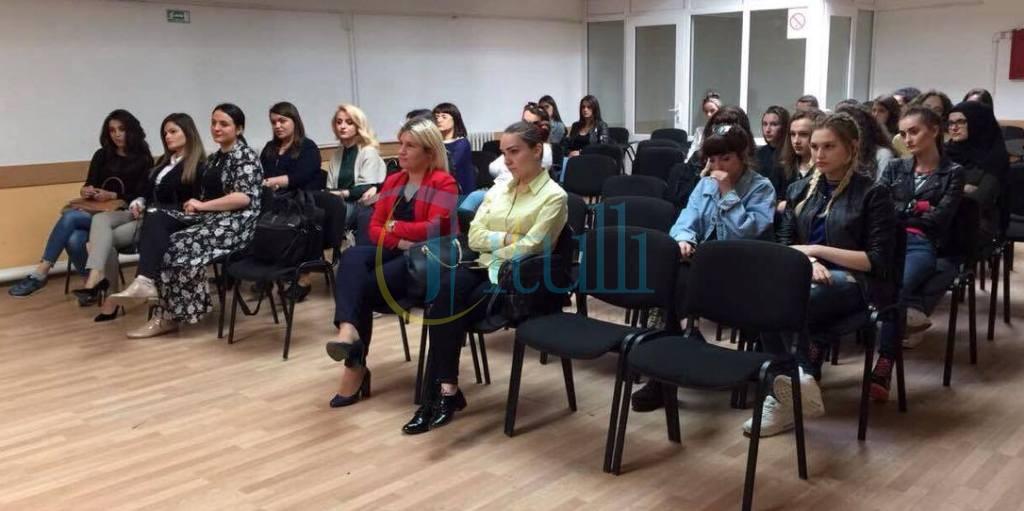 Bujanoc: Mbahet ligjëratë për vetëdijesimin e grave ndaj kancerit të qafës së mitrës