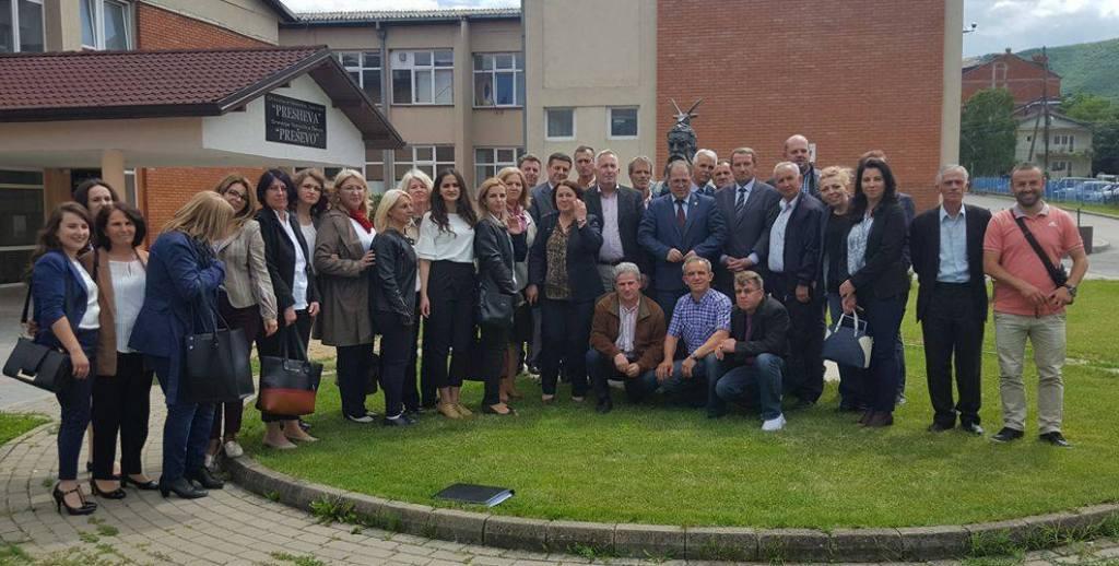 Përfundon trajnim për mësimdhënës në Preshevë