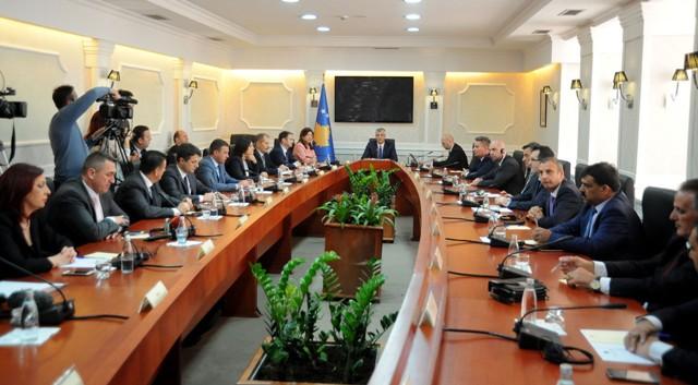 Kryeparlamentari Veseli priti presidentin e Shqipërisë, Bujar Nishani
