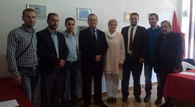 """Levizja """"Vatra"""" dhe Lëvizja për Drejtësi lidhën koalicion parazgjedhorë me LDK-në"""