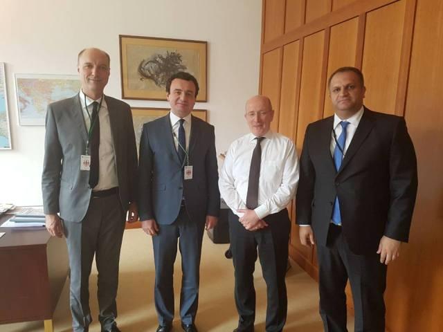 Pas vizitës në Bruksel, delegacioni i Lëvizjes Vetëvendosje ka vazhduar takimet në Berlin