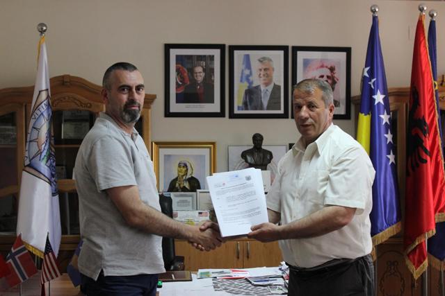 Nënshkruhet edhe një marrëveshje bashkëpunimi në mes të Komunës së Vitisë dhe të Fondacionit Kosovë-Luksemburg