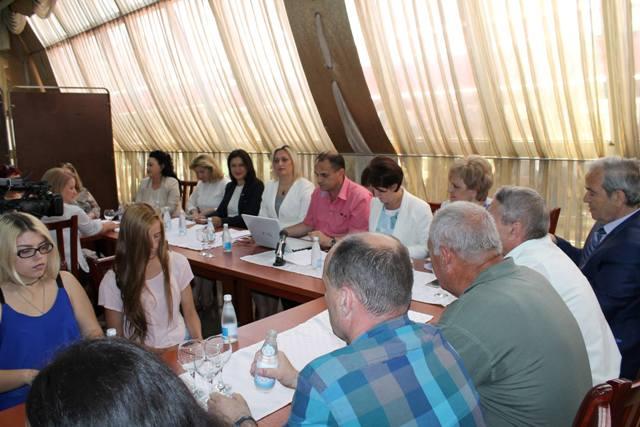 Kandidatet femra nga Gjilani synojmë parlamentin për të qenë zë i fuqishëm i qytetarëve