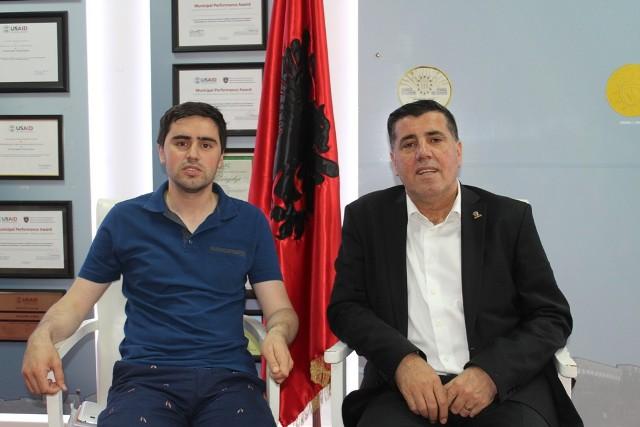 Haziri u garanton nxënësve nga Kosova Lindore regjistrimin në shkollat e mesme