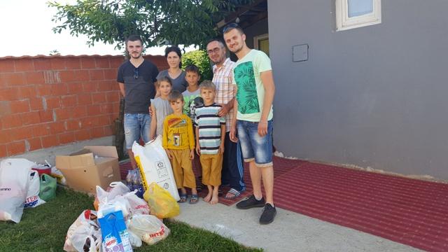 Tri familje me jetimë ndihmohen për Bajram me iniciativë  individuale