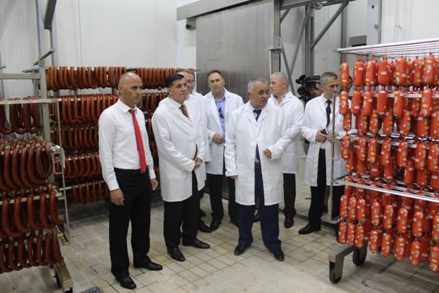 """Haziri: Fabrika e mishit """"Calabria"""" storie e suksesit të privatizimit"""