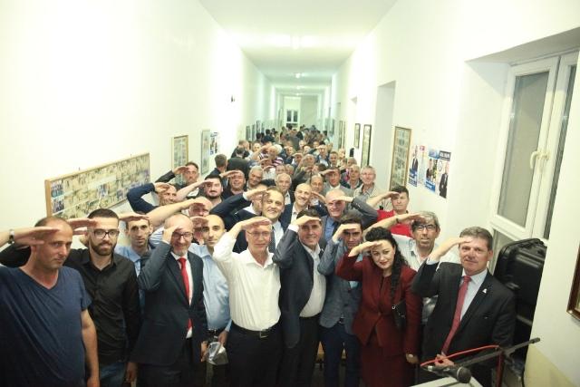 LDK: Pogragja masovisht me LDK, asnjë votë për Lëvizjen e Kuqe