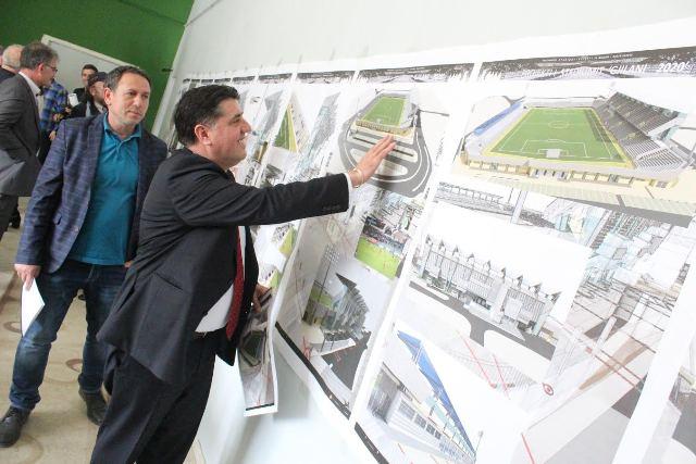 """Haziri: Do ta përfundojmë projektin e lumit """"Mirusha"""", """"Stanishorka"""", """"Morava"""" dhe stadiumi i qytetit"""