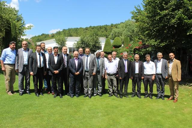 11 kryetarët e Komunave të regjionit të Gjilanit takohen për sfidat në siguri, tolerancë dhe zhvillimin