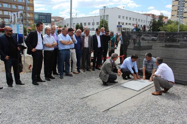 """Gjilani investon 365 mijë euro për ndërtimin e shëtitores dhe parkun mbi lumin """"Mirusha"""""""