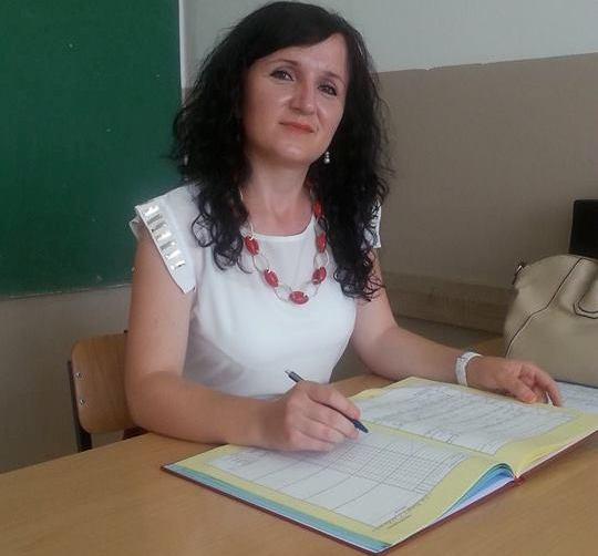 Përkushtimi i mësimdhënësit pro globalizmit dhe arsimit ndërkulturor