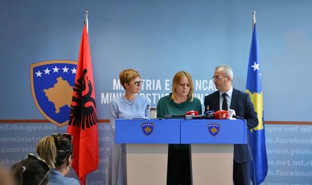 Kosova dhe Shqipëria diskutojnë për eliminimin e barrierave tregtare