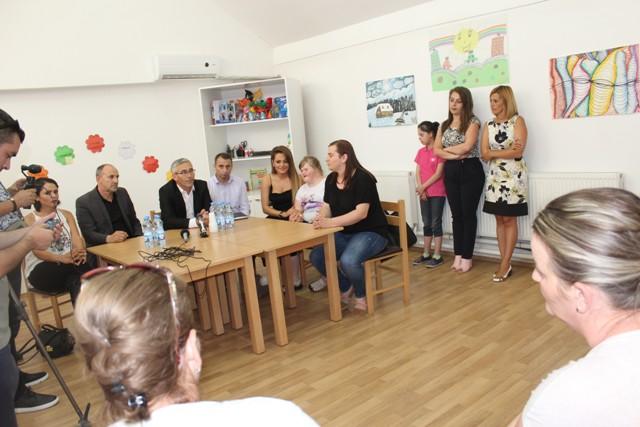 Gjilani organizon mbrëmje humanitare për mbështetje të fëmijëve me nevoja të veçanta