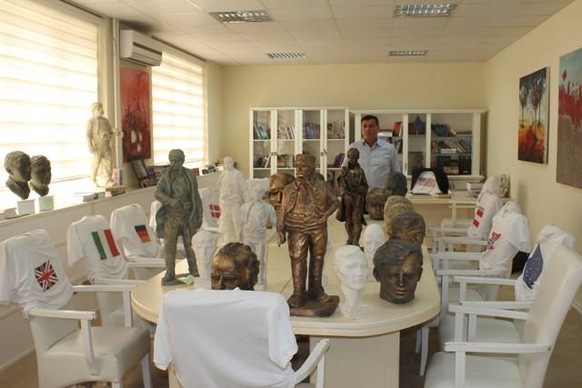Të premten përzgjedhen punimet fituese të përmendoreve dhe busteve për heronjtë e Gjilanit