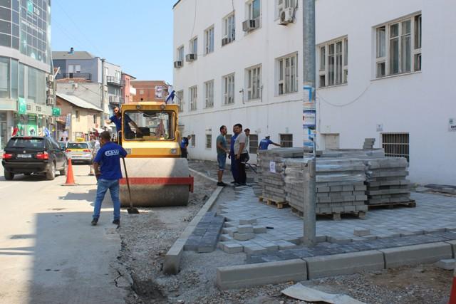 Dhjetëra projekte të vogla për krijim të hapësirave për këmbësorë në qytet e fshatra