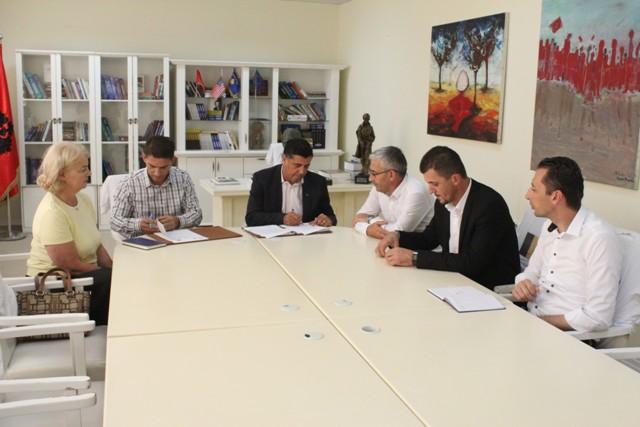 Gjilani nënshkruan memorandum bashkëpunimi për hartat zonale dhe planifikimin hapësinor